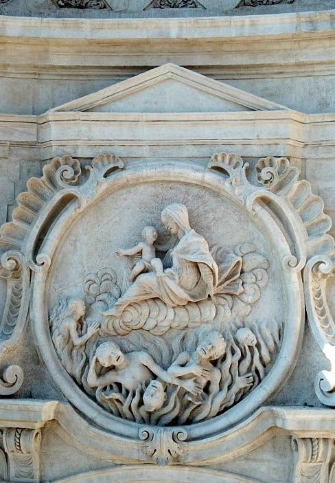 chiesa-santa-maria-suffragio-anime-sante-laquila-abruzzo-rosone-centrale